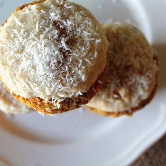 Raw vegan carrot cake muffin tajinny how to make raw vegan carrot cake muffin recipe forumfinder Choice Image