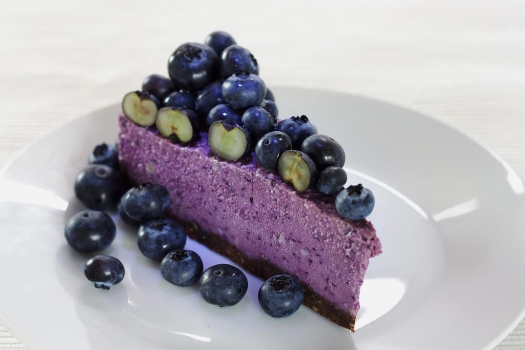 Acai And Blueberry Superfood Cake Tajinny Com